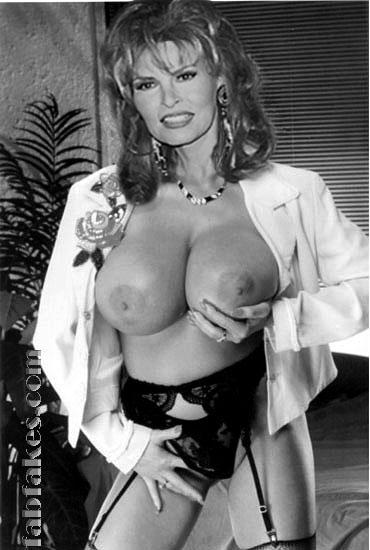 Raquel Welch Nude Photos Are Here for Your Pleasure
